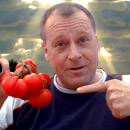Razzbuffnik with his own home grown tomatoes