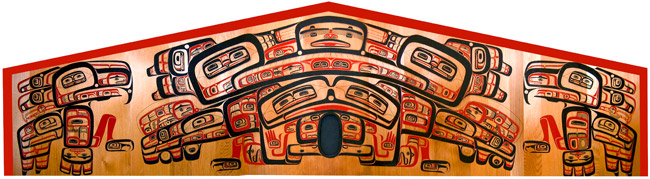 Model of Haida house front decoration