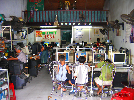 Internet cafe in Hue, Vietnam