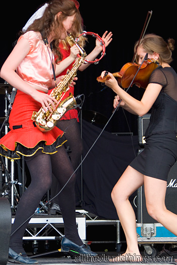 Millie Hall on saxophone and Daisy Tulley on violin